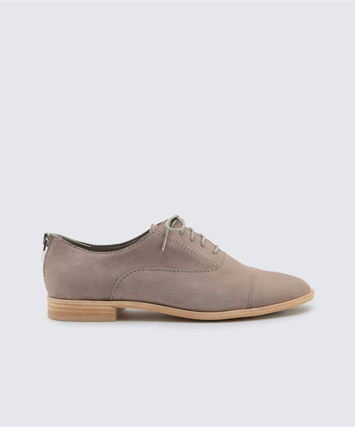 POLO FLATS IN SMOKE -   Dolce Vita