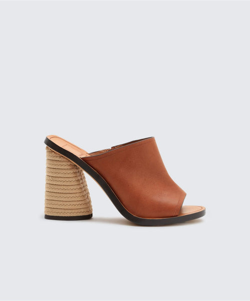 ALBA HEELS IN BROWN -   Dolce Vita