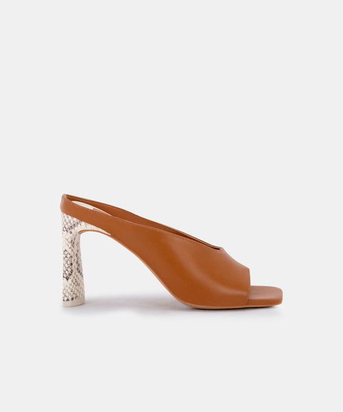 DESI HEELS IN LT LUGGAGE LEATHER -   Dolce Vita