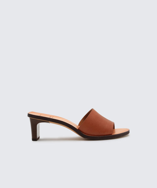 KYLIN HEELS IN BROWN -   Dolce Vita