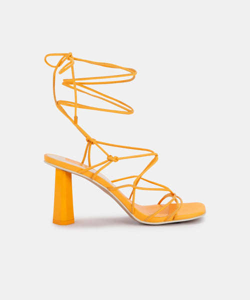 NORINA HEELS IN TANGERINE LEATHER -   Dolce Vita