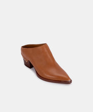 SUKIE MULES IN COGNAC LEATHER -   Dolce Vita