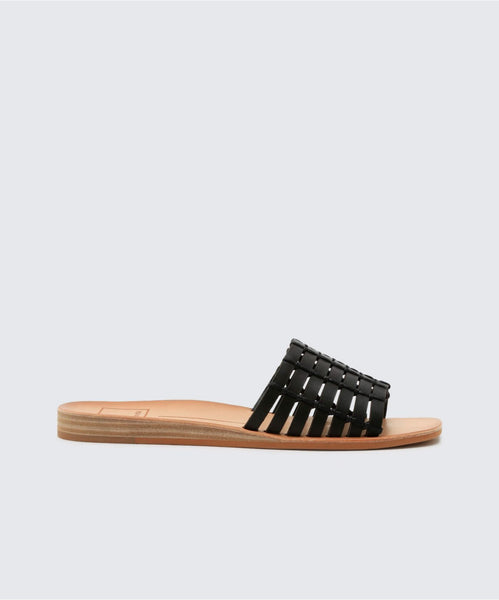 COLSEN SANDALS IN BLACK -   Dolce Vita
