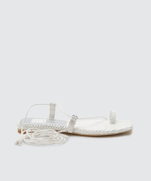 DASH SANDALS WHITE -   Dolce Vita