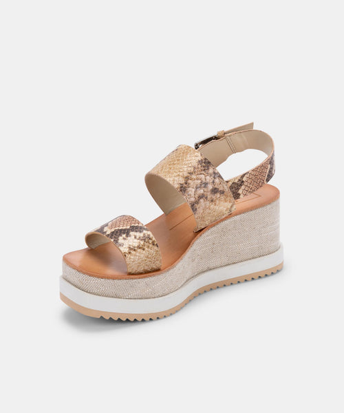 IDRAH SANDALS IN DARK SAND EMBOSSED LEATHER -   Dolce Vita