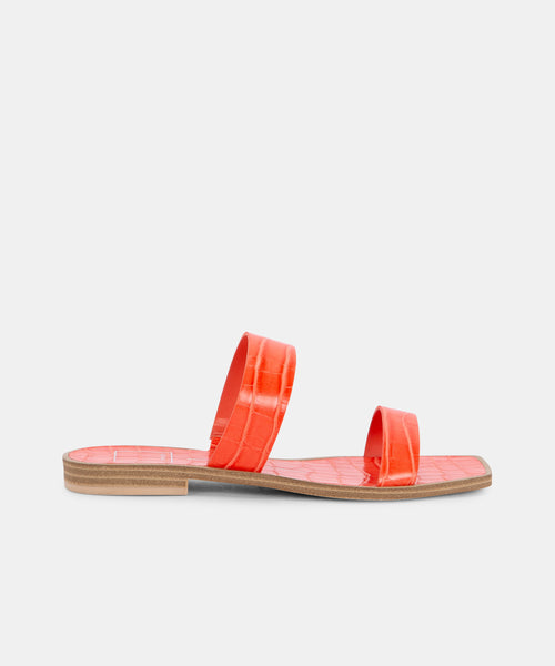 ISAAC SANDALS IN PERSIMMON -   Dolce Vita
