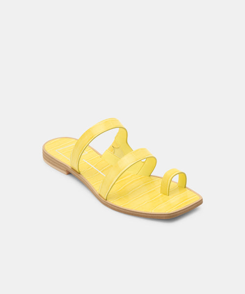 ISALA SANDALS IN CITRON -   Dolce Vita