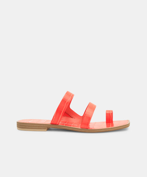ISALA SANDALS IN PERSIMMON -   Dolce Vita