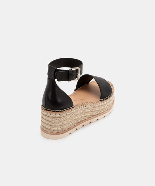 LARITA WIDE SANDALS IN BLACK -   Dolce Vita