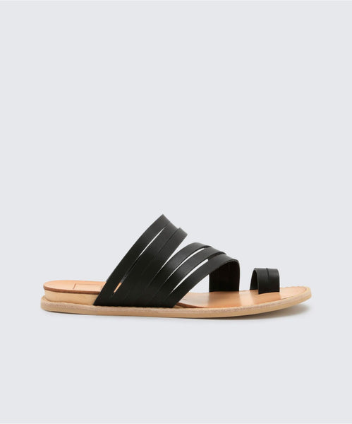 NELLY SANDALS IN BLACK -   Dolce Vita