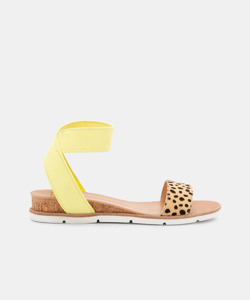VIVIAN SANDALS IN YELLOW MULTI -   Dolce Vita