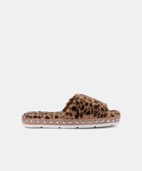 MOCHI SLIPPERS IN LEOPARD PLUSH -   Dolce Vita