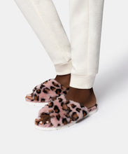 PILLAR SLIPPERS IN LEOPARD FAUX FUR -   Dolce Vita
