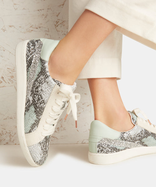 NINO SNEAKERS IN MINT SNAKE -   Dolce Vita