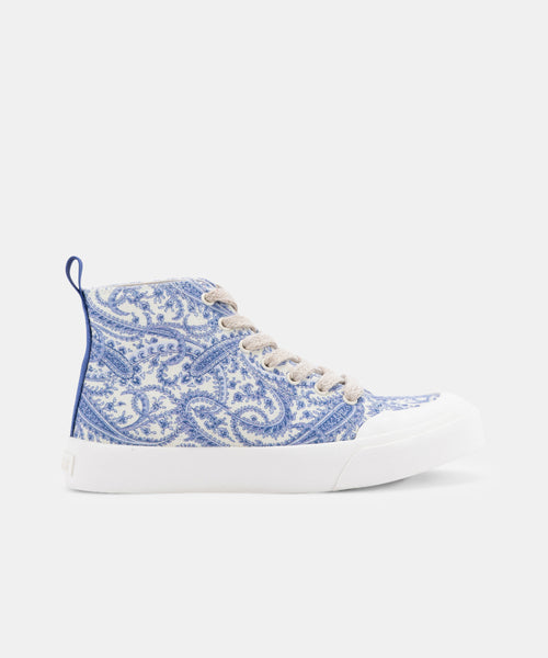 BRYCEN SNEAKERS IN PAISLEY -   Dolce Vita