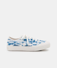 BRYTON SNEAKERS IN BLUE TIE DYE CANVAS -   Dolce Vita