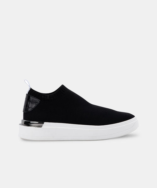 JAYLA SNEAKERS IN BLACK -   Dolce Vita