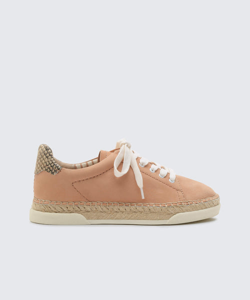 MADOX SNEAKERS IN NUDE -   Dolce Vita