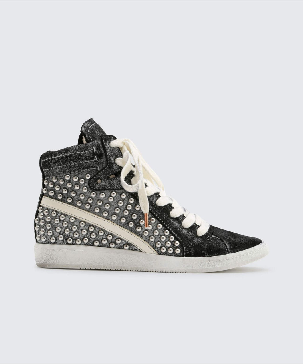 NATTY STUDDED SNEAKERS BLACK -   Dolce Vita