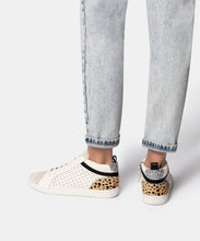 NIKKO SNEAKERS IN WHITE STUDDED SUEDE -   Dolce Vita