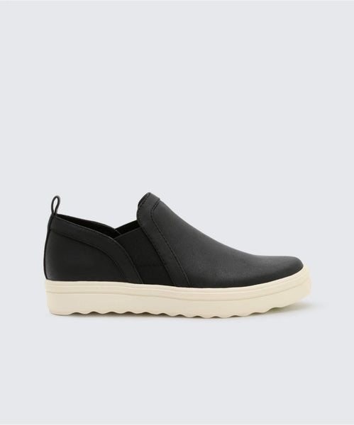 PULSE SNEAKERS IN BLACK -   Dolce Vita