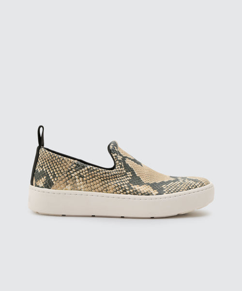 TAG SNEAKERS IN SNAKE -   Dolce Vita