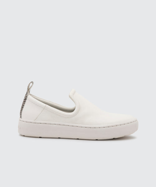 TAG SNEAKERS IN WHITE -   Dolce Vita