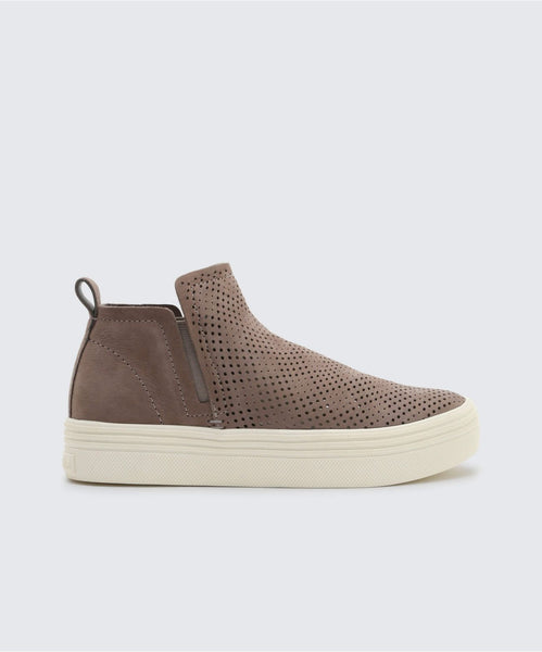 TATE PERF SNEAKERS IN SMOKE -   Dolce Vita