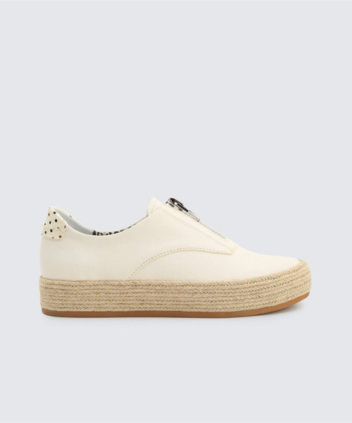 TRAE SNEAKERS IN WHITE -   Dolce Vita