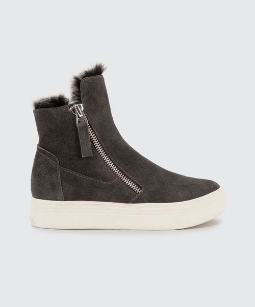 TULLI SNEAKERS IN CHARCOAL -   Dolce Vita