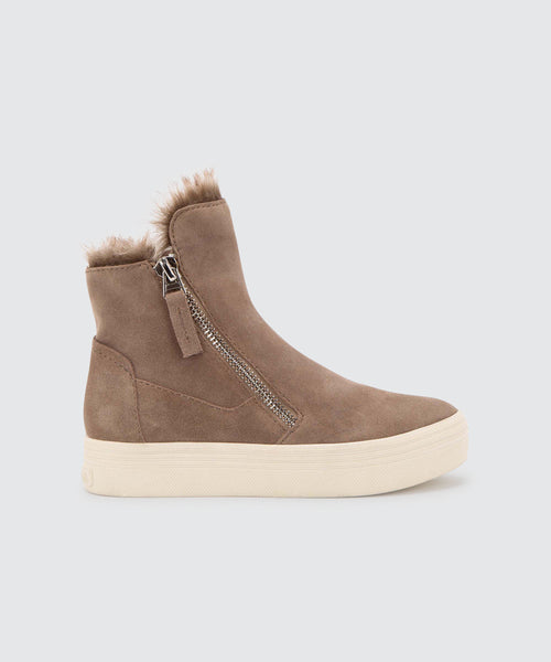 TULLI SNEAKERS IN TAUPE -   Dolce Vita