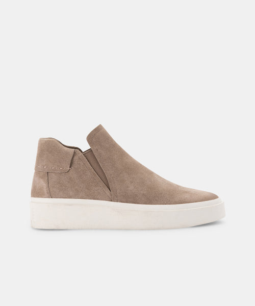 VINNI SNEAKERS IN DK TAUPE SUEDE -   Dolce Vita