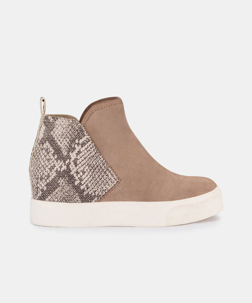 WALKER SNEAKERS IN ALMOND SUEDE -   Dolce Vita