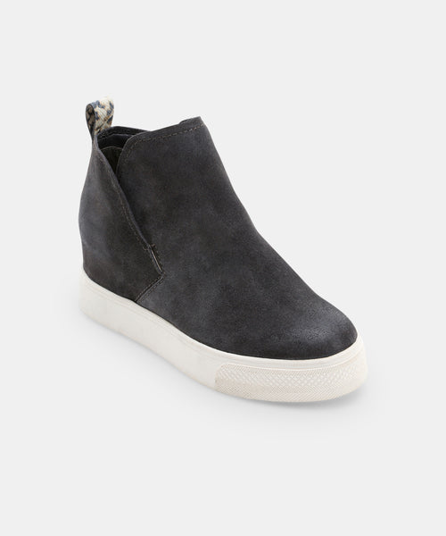 WALKER SNEAKERS IN ANTHRACITE -   Dolce Vita