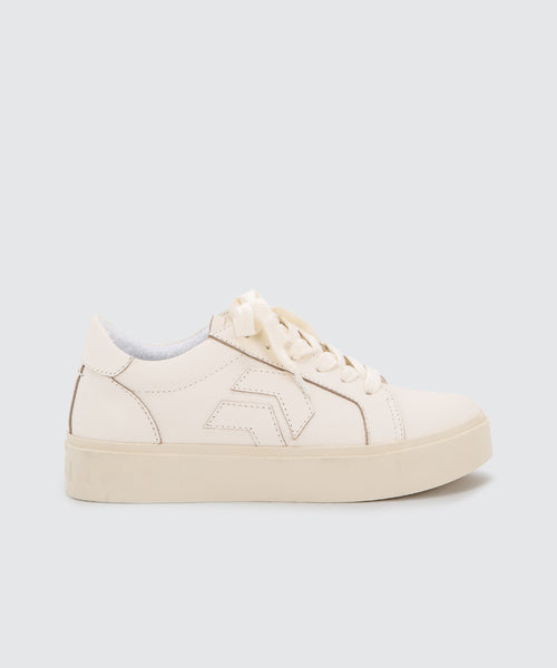 YVETT SNEAKERS IN WHITE -   Dolce Vita