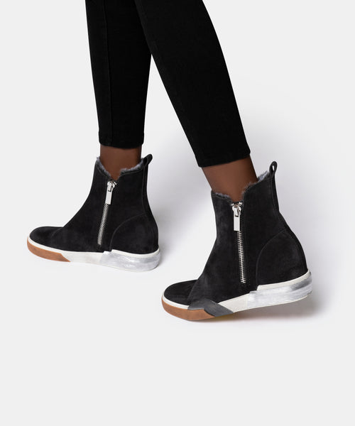ZELMA SNEAKERS IN ANTHRACITE SUEDE -   Dolce Vita