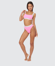 FAST LANE BOXER ELASTIC TOP IN HOT PINK -   Dolce Vita