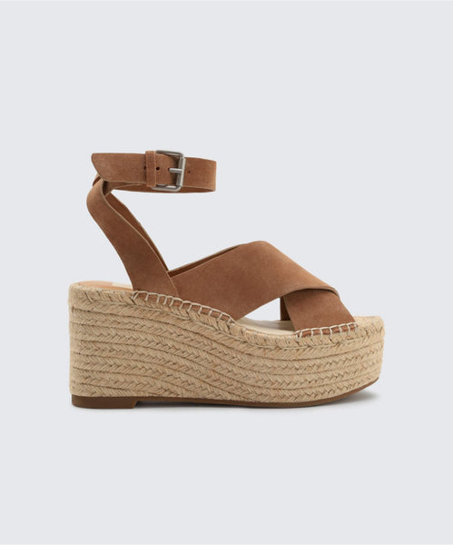 CARSIE WEDGES IN SADDLE -   Dolce Vita