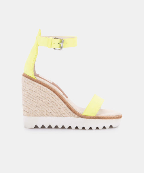 EDITH WEDGES IN NEON YELLOW NUBUCK -   Dolce Vita