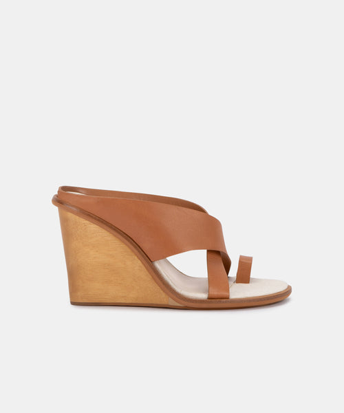 JAYLYN WEDGES IN MOCHA LEATHER -   Dolce Vita