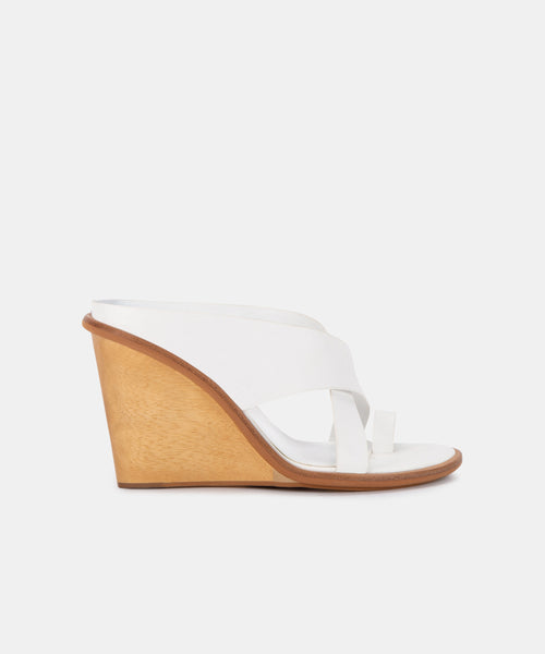 JAYLYN WEDGES IN IVORY LEATHER -   Dolce Vita