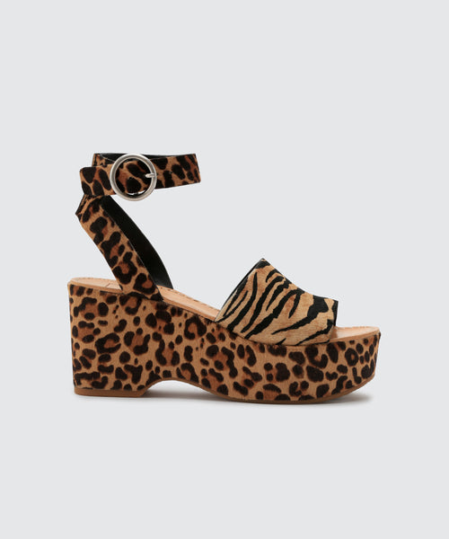 LESLY WEDGES IN TIGER -   Dolce Vita