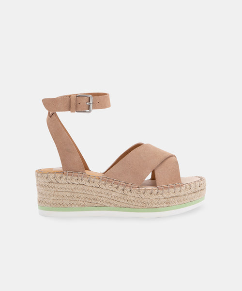 LIANNE WEDGES IN BLUSH -   Dolce Vita