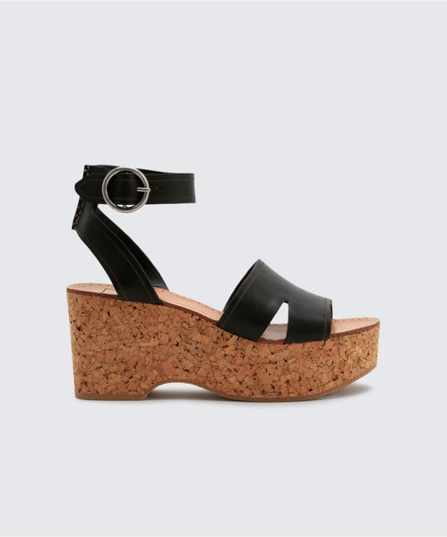 LINDA WEDGES IN BLACK -   Dolce Vita