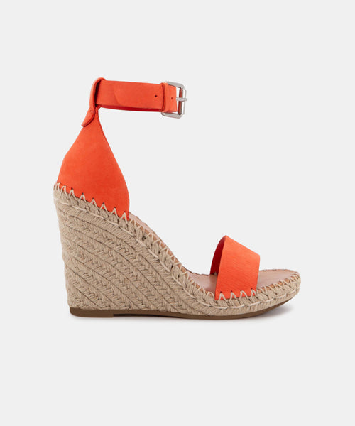 NOOR WEDGES IN RED NUBUCK -   Dolce Vita