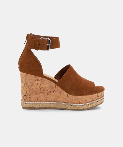 OTTO WEDGES IN BROWN -   Dolce Vita