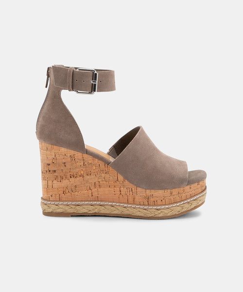 OTTO WEDGES IN DK TAUPE -   Dolce Vita