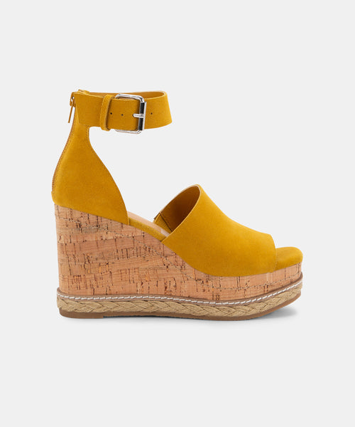 OTTO WEDGES IN HONEY -   Dolce Vita