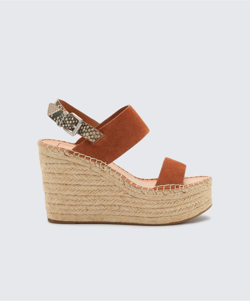 SPIRO WEDGES IN BROWN -   Dolce Vita