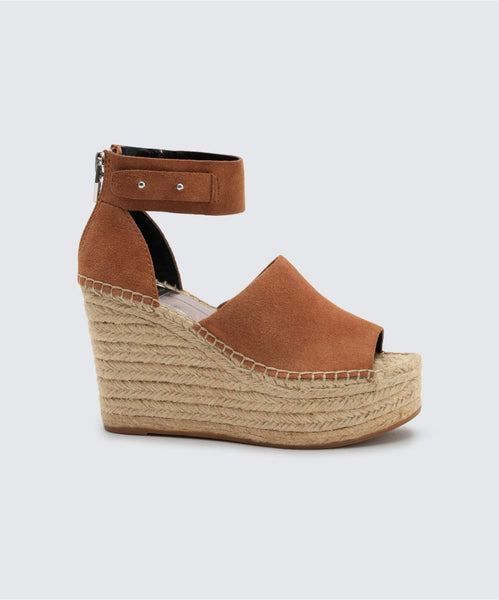 STRAW WEDGES IN DK SADDLE -   Dolce Vita